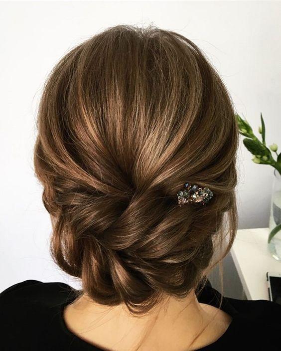 Kısa Saç Topuz Modelleri Düğün