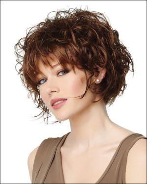 Kıvırcık Kısa Saç Modelleri Kadın 2019
