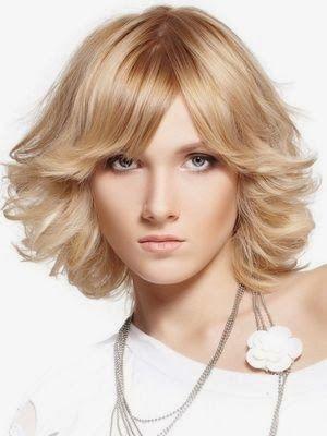 Kat Kat Saç Kesimi Kadın